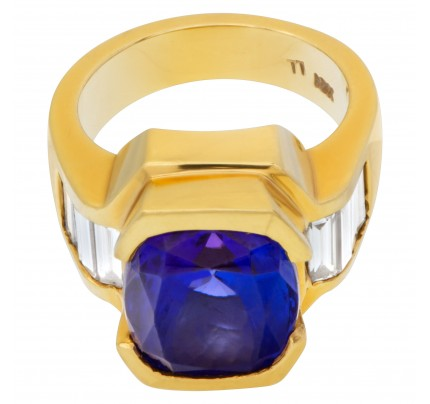 AGL certified striking blue gem tanzanite 9.52 carat diamond ring