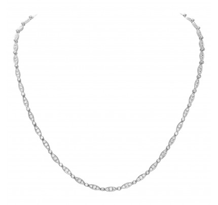 Elegant diamond necklace in 18k white gold