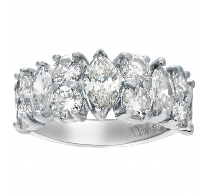 Vintage platinum ring with over 2 carats in diamonds