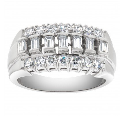 Vintage diamond pinky ring in 14k white gold with 0.65 carats in round & baguette diamonds