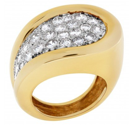 Diamond ring with approximately 2.25 cts in diamonds in 14k