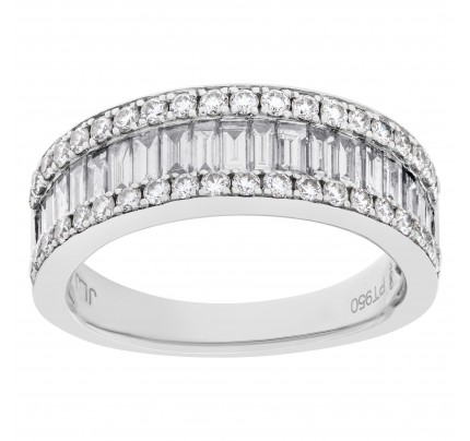 Platinum ring with baguette and round cut diamonds