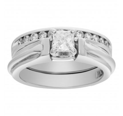 Diamond Ring in Platinum with Semi Eternity Band